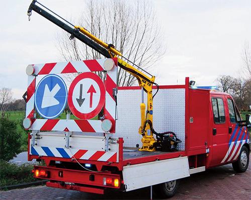 ha15-truck-crane2